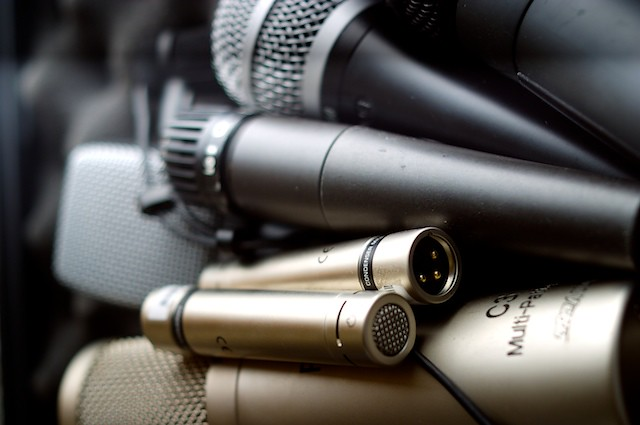 Microphone showdown – unbiased opinions on Podcast mic setups!